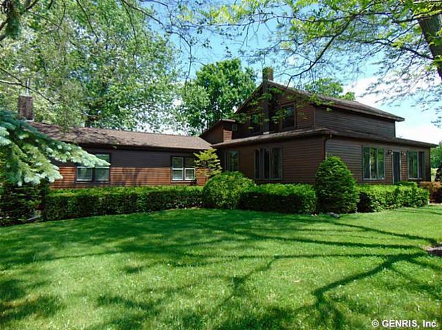 3296 County House Rd, Penn Yan, NY 14527