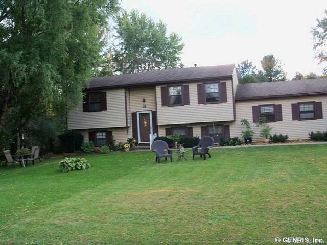 55 Blue Ridge Trl, Rochester, NY 14624