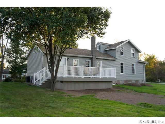 2672 County Line Rd, Holley, NY 14470