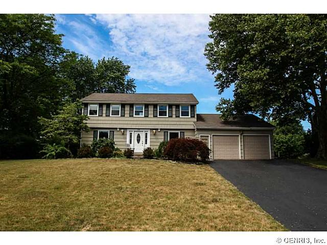 25 Rensselaer Dr, Rochester, NY 14618