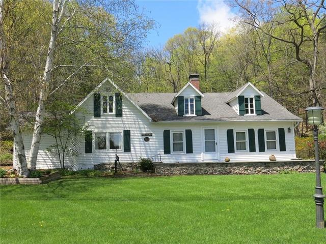 5734 Seneca Point Rd, Naples, NY 14512