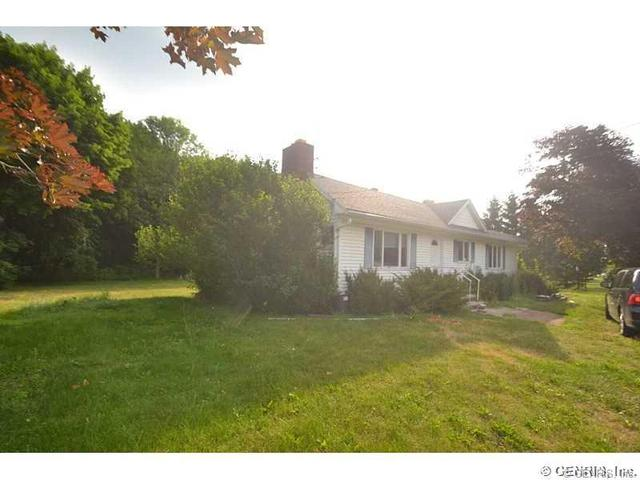 3853 Ridge Rd, Williamson, NY 14589