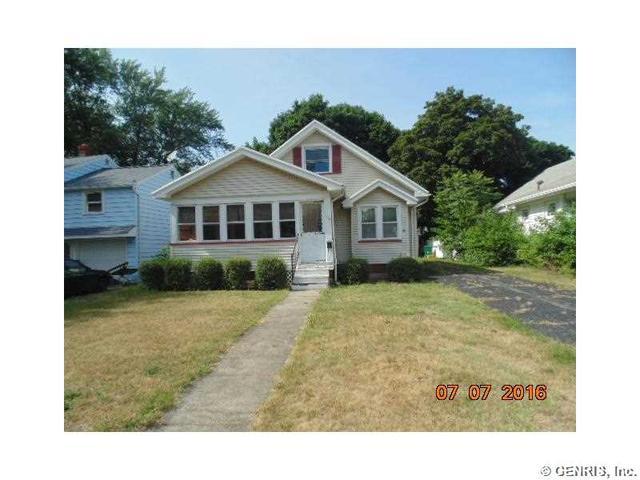 204 Brandon Rd, Rochester, NY 14622