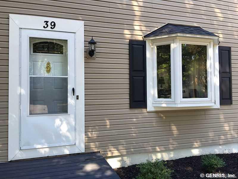 39 Heather Lane, Rochester, NY 14616