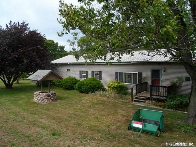 13693 Ridge Rd W, Albion, NY 14411