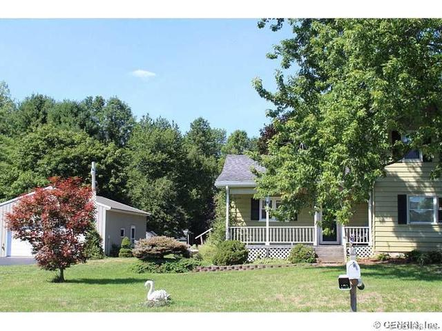 5290 Holley Byron Rd, Holley, NY 14470