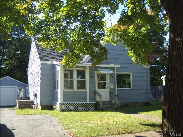 210 E 8th St, Oswego, NY 13126