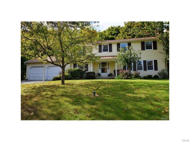 4557 Stoneledge Ln, Manlius, NY 13104