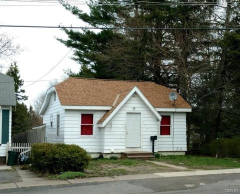 171 Erie St, Oswego, NY 13126