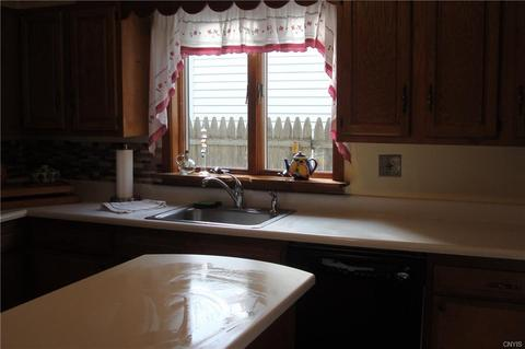 47 evergreen st cortland ny 14 photos mls s1085580 movoto solutioingenieria Image collections