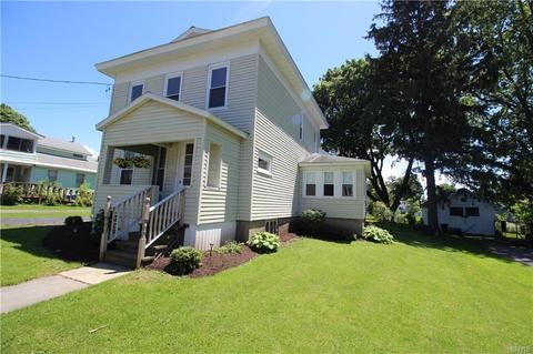 101 Auburn Homes For Sale Auburn Ny Real Estate Movoto