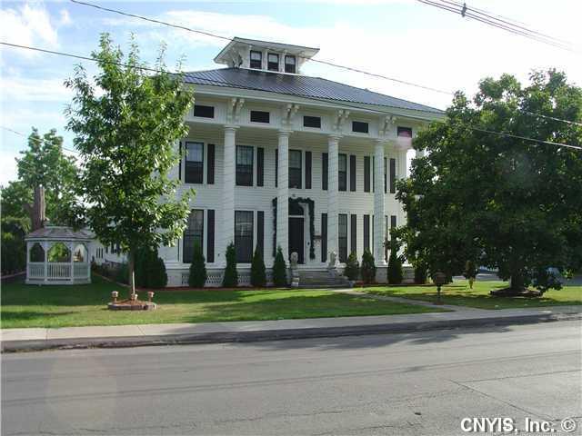 253 Clinton St, Watertown, NY 13601