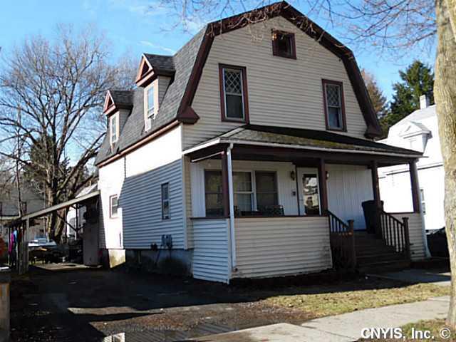 89 Maple Ave, Cortland, NY