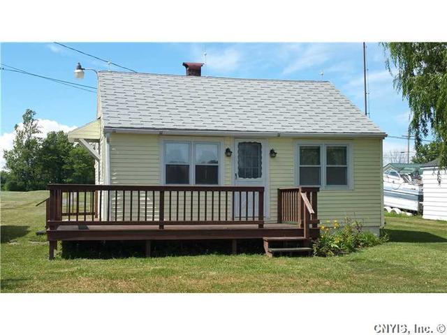 2196 Humphrey Ln, Cape Vincent, NY 13618
