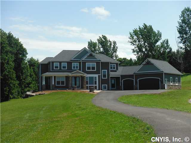2610 Connors Rd, Baldwinsville, NY