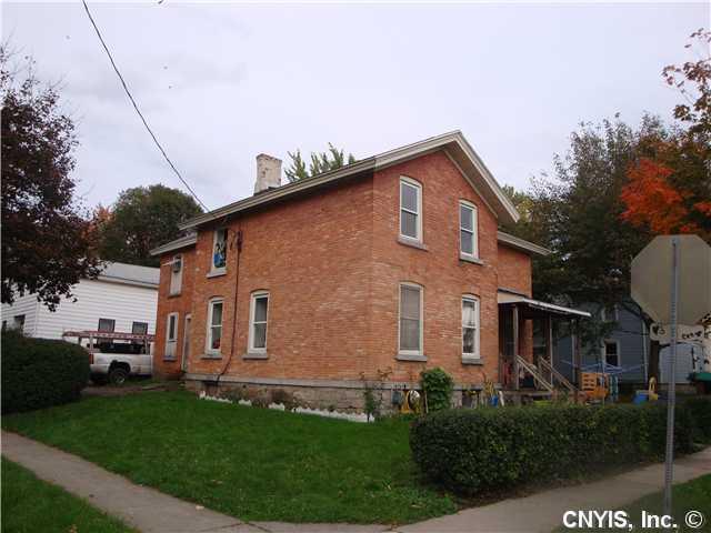 28 Nelson St, Auburn, NY 13021