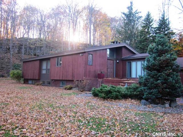 4443 Watervale Rd, Manlius NY 13104