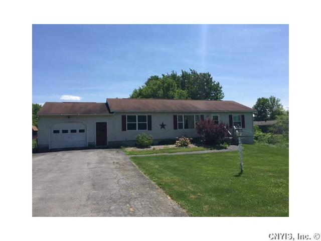 10 Twins Rd, Pennellville, NY 13132