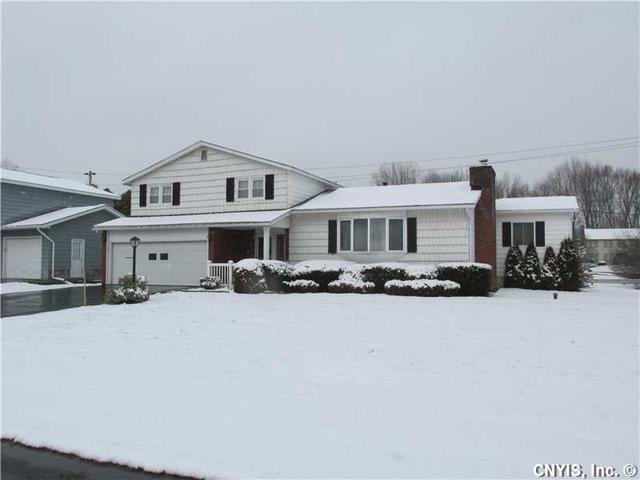 461 Jewell Dr, Liverpool NY 13088