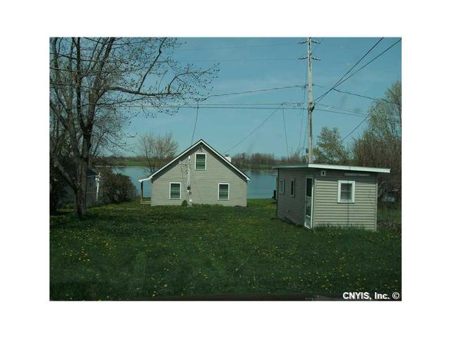 27985 Three Mile Point Rd, Chaumont, NY 13622