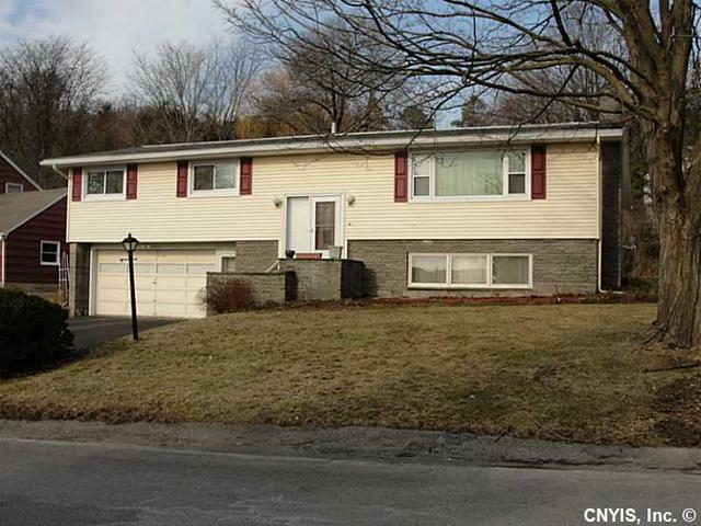 106 Cooper Ln, Syracuse, NY