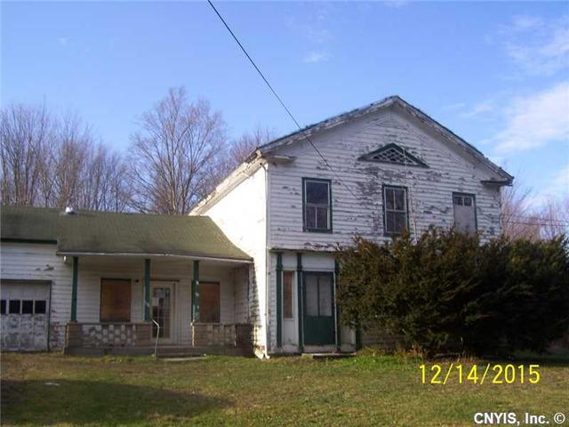 407 Valley Rd, Pulaski, NY 13142