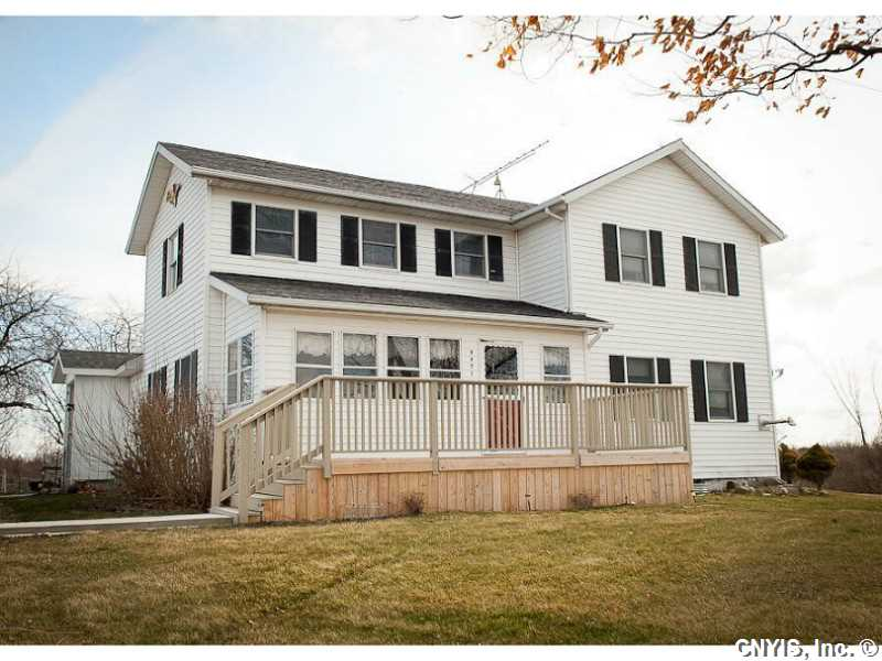 8471 County Route 8, Cape Vincent, NY