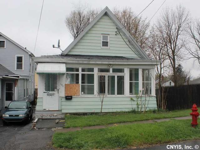 137 Culbert St, Syracuse NY 13208