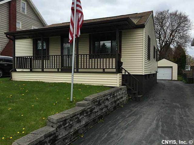 106 Knoll Pl, Syracuse NY 13208
