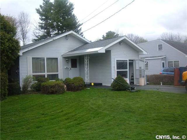 183 Stonefield Rd, Syracuse, NY