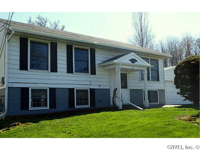 2 Sunnyfield Dr, Cortland, NY