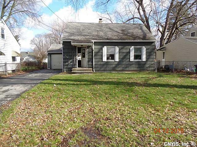 216 W Molloy Rd, Syracuse NY 13211