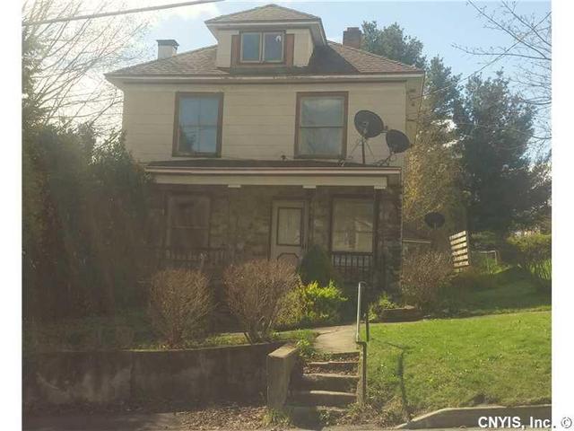 90 E Albany St, Oswego, NY 13126