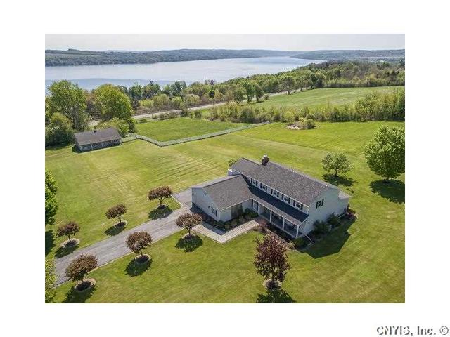 1300 Hencoop Rd, Skaneateles, NY