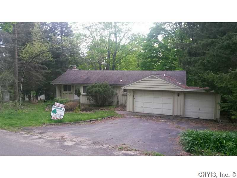 31 Fineview Dr Utica, NY 13502
