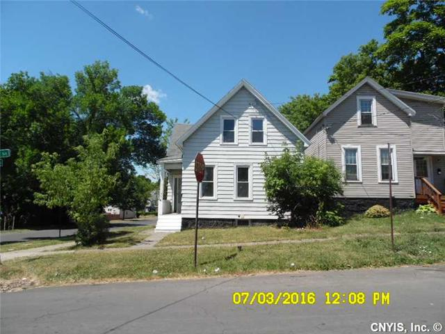 701 Winton St, Syracuse, NY 13203