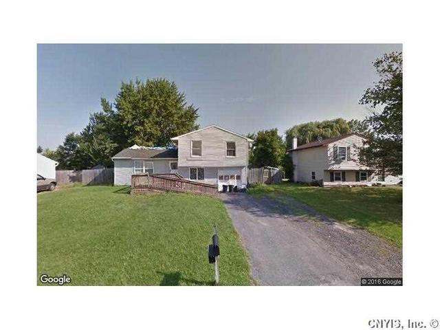 5537 Imperia Ln, Clay, NY 13041