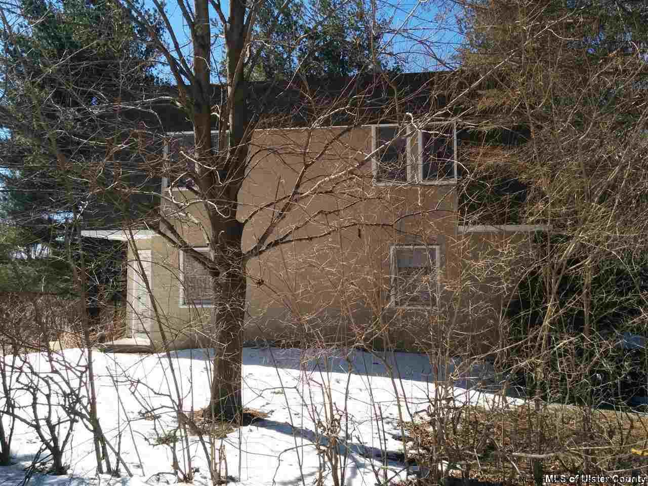 6 Lakeview Terrace, Kerhonkson, NY 12446