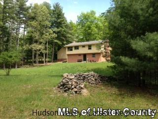 186 George Sickle Rd, Saugerties, NY 12477