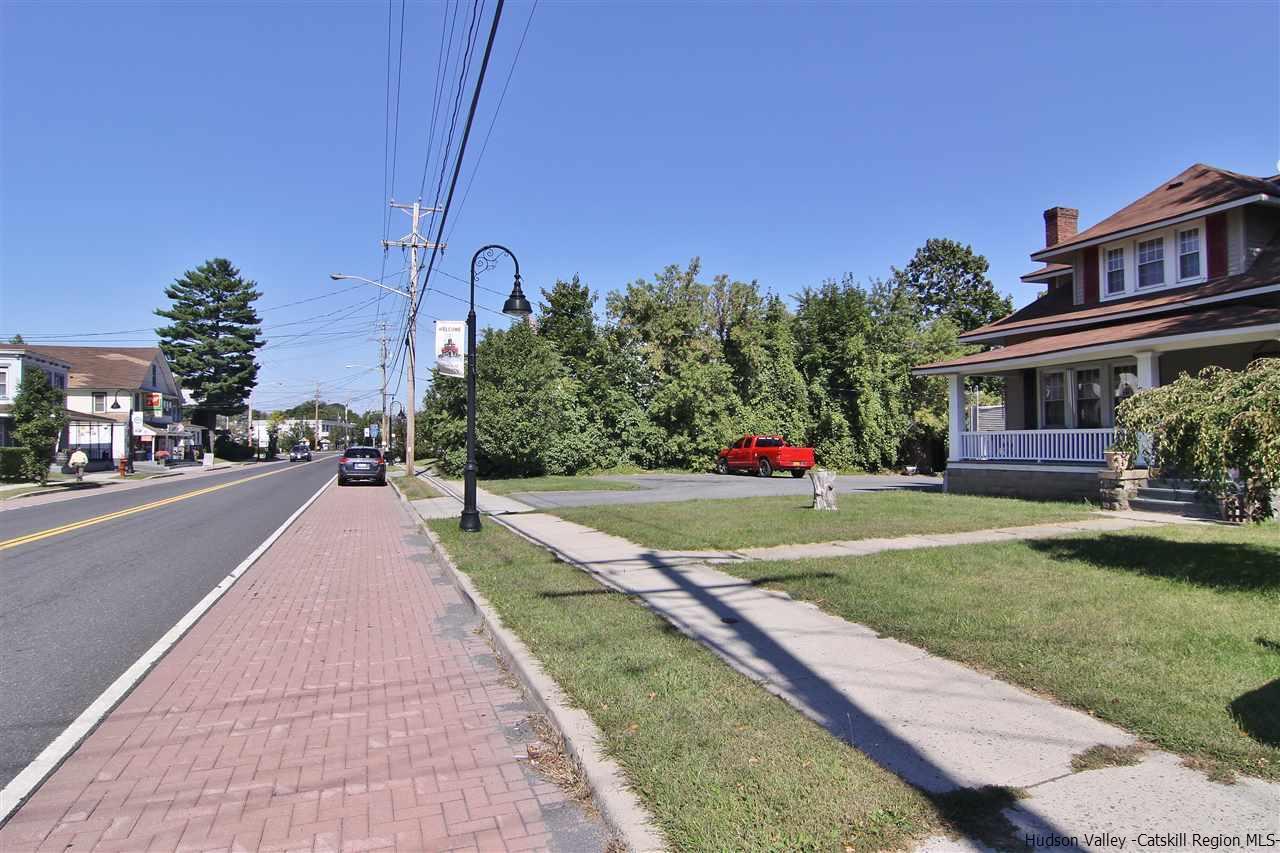 209-211 Broadway #ROUTE 9W, Port Ewen, NY 12466