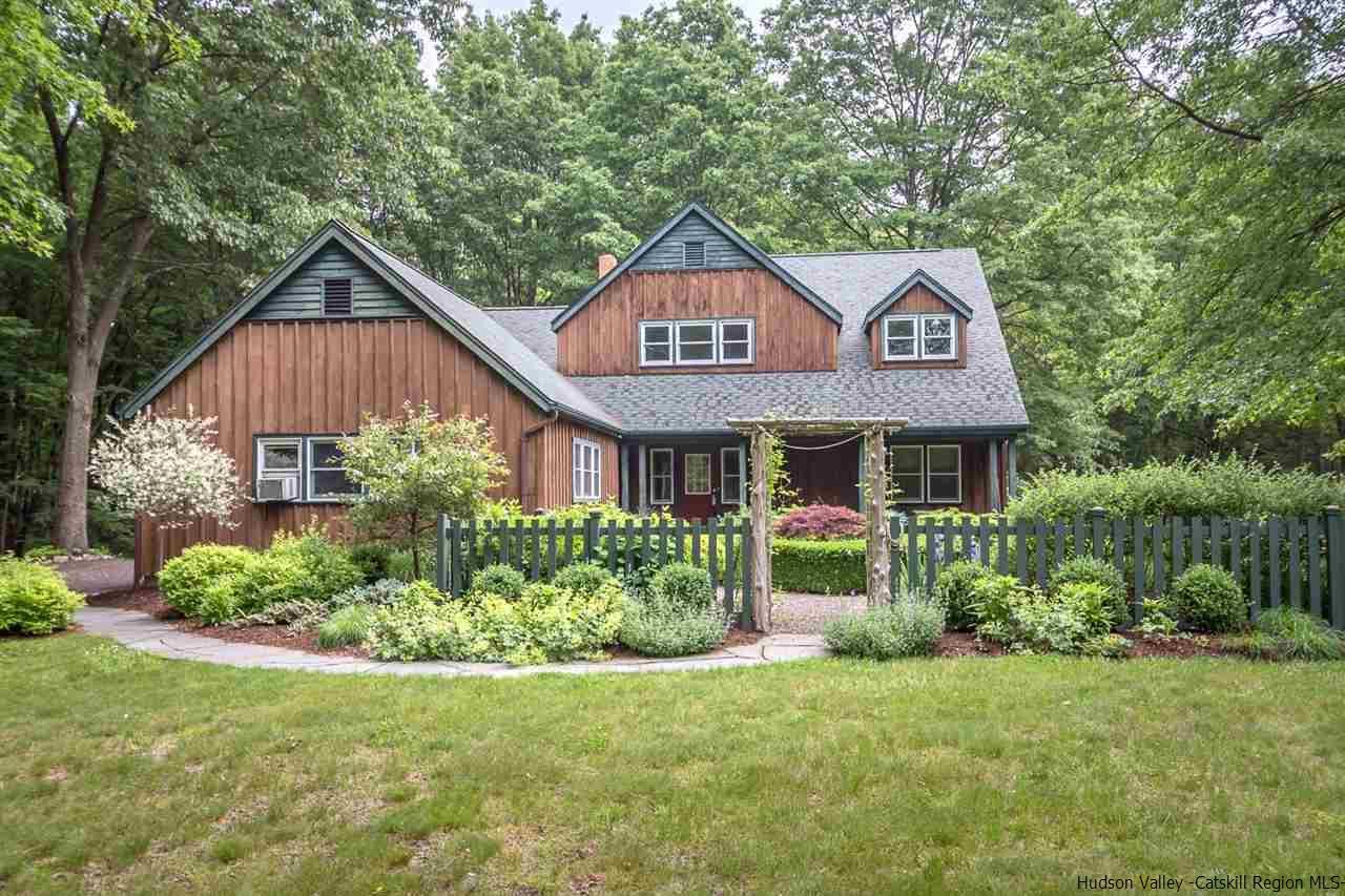 462 Decker Rd, Wallkill, NY 12589