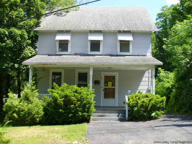 16 Nevins St, Ellenville, NY 12428