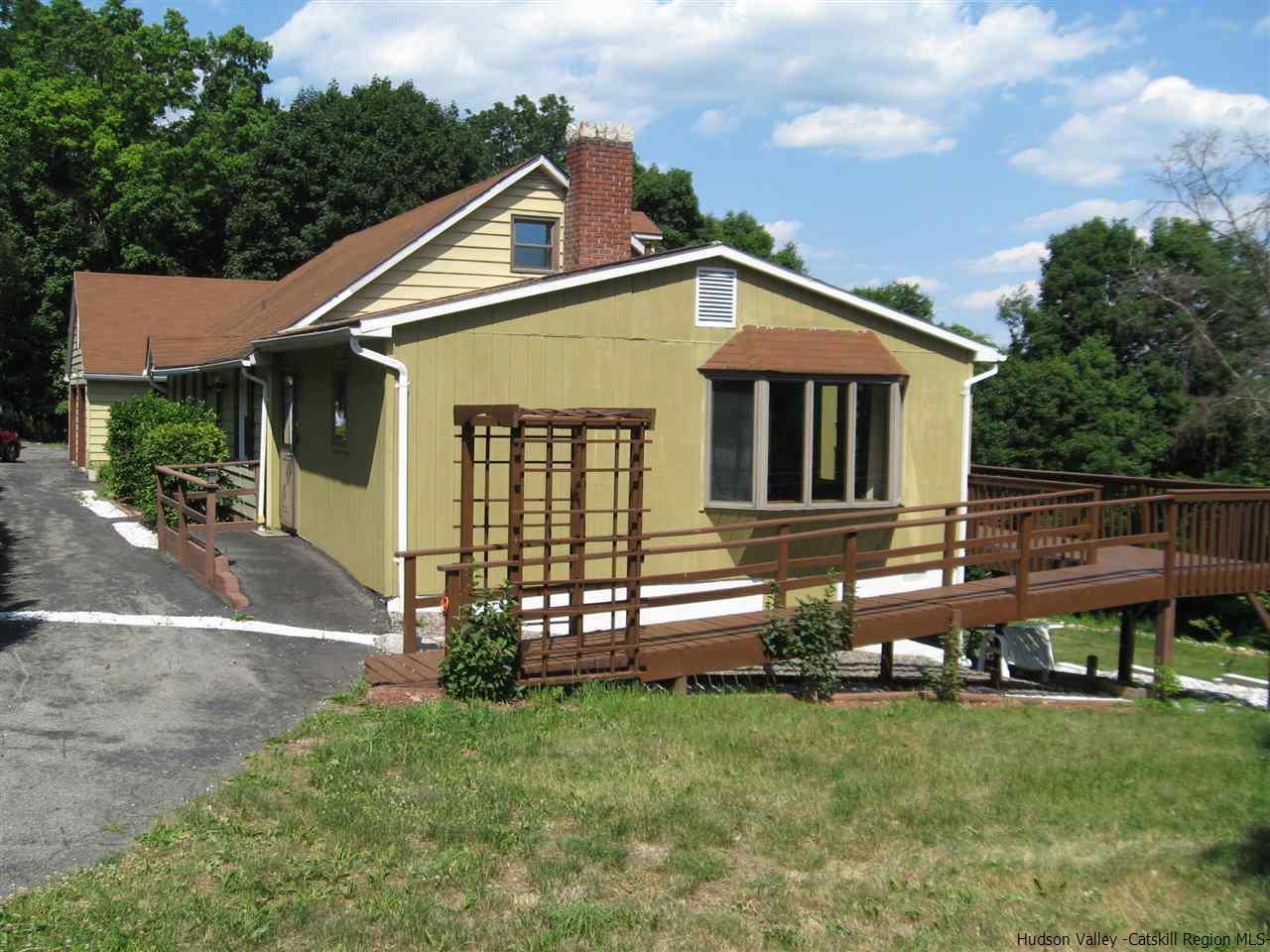 40 Canaan Road, New Paltz, NY 12561