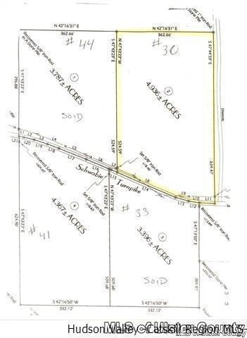 34 Schwabie Tpke, Kerhonkson, NY 12446