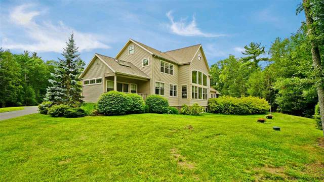 25 Estate Rd, Saugerties, NY 12477