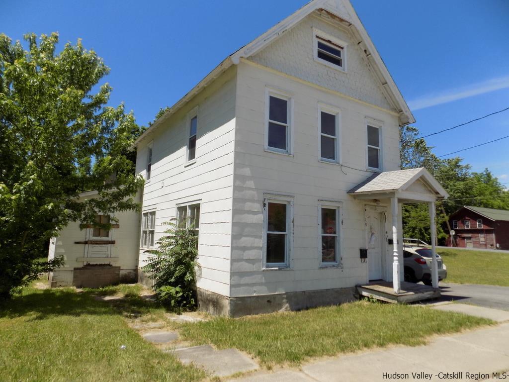 3 Water Street, Ellenville, NY 12428