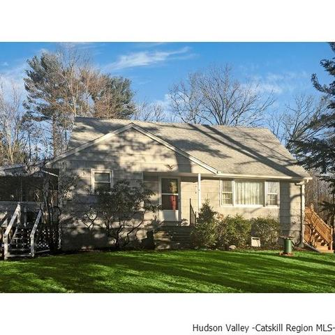 135 Hallihan HlKingston, NY 12401