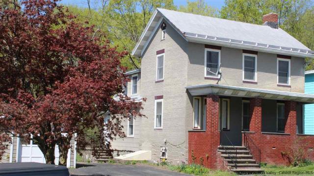 71 Main St, Esopus, NY 12429