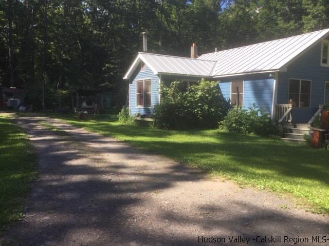192 Mill Rd, Olivebridge, NY 12461