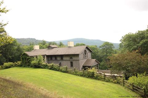 38 Frost Valley Rd, Claryville, NY 12725